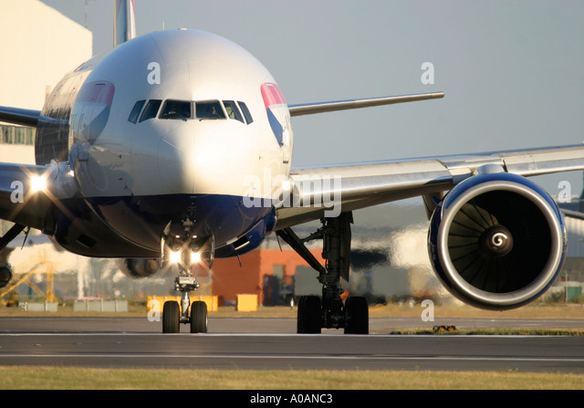 British Airways Boeing 777 236 ER London Heathrow Airport UK - Stock Image