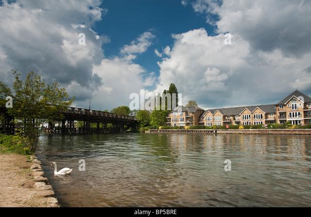 River Island Walton On Thames