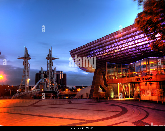 Lowry Centre Salford Quays Theatre at dusk - Stock Image