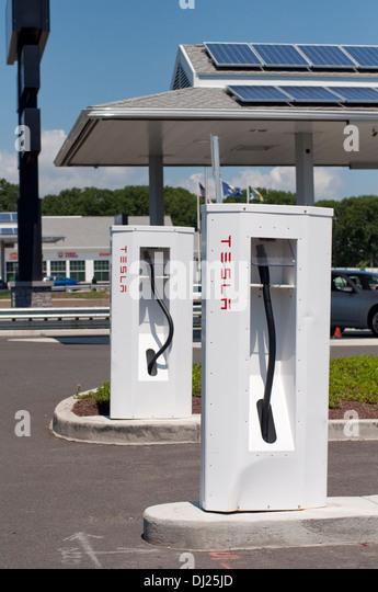 supercharger station charging tesla electric stock photos supercharger station charging tesla. Black Bedroom Furniture Sets. Home Design Ideas