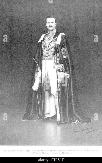 British officials ; Excellency right honourable Michael Herbert Rudolf Knatehbull ; lord Brabourne ; governor Bombay - Stock Image