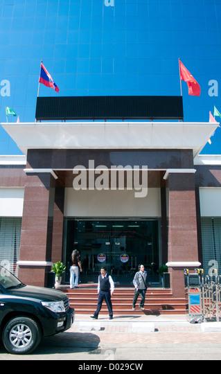 Ext rieur stock photos ext rieur stock images alamy for Banque pour le commerce exterieur lao