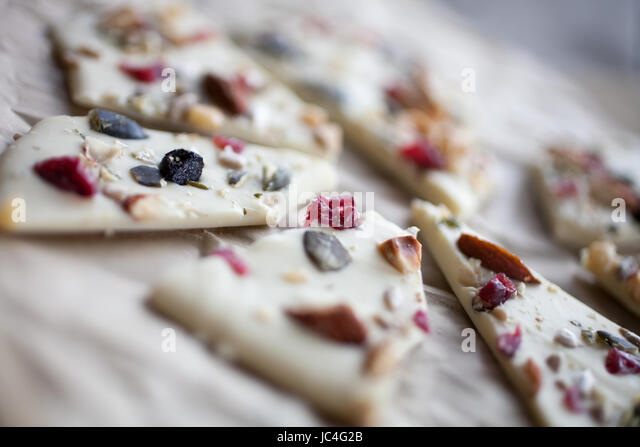 White chocolate bark with almonds - Stock Image