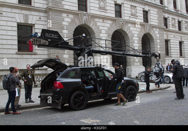 London, UK. 8th Oct, 2016. filming taking place of 'Transformers-The Last Knight' the latest instalment - Stock Image