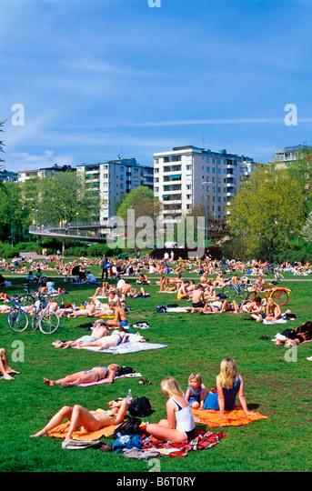 SWEDEN STOCKHOLM RÅLAMBSHOVS PARK IN SUMMER - Stock Image