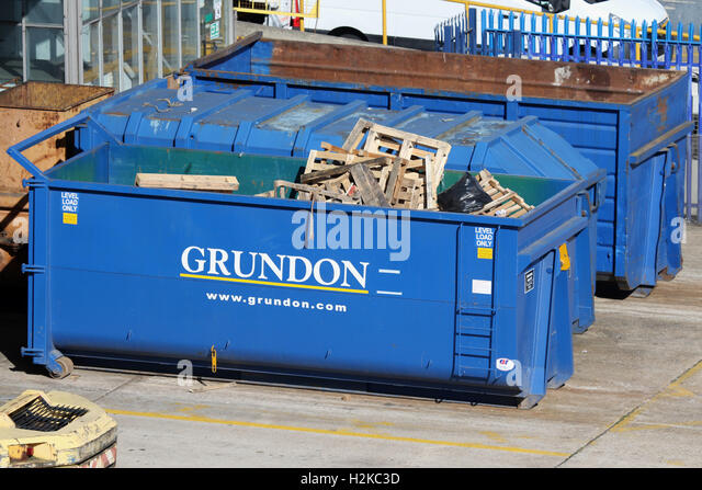 GRUNDON WASTE MANAGEMENT - Stock Image