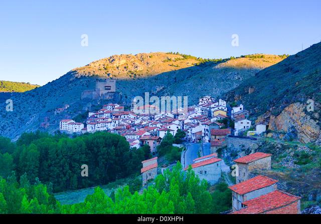Spain, Europe, Aragon, Teruel, Province, Maestrazgo, Alcala de la Selva, Teruel, architecture, castle, landscape, - Stock-Bilder