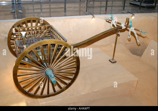 C00012 Reproduction of a chariot at Zheng king excavation Excavated 2002 near Xinzheng Henan Province China Asia - Stock Image