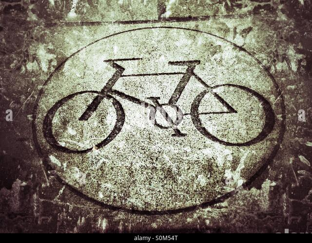 Cycling permitted road marking - Stock-Bilder
