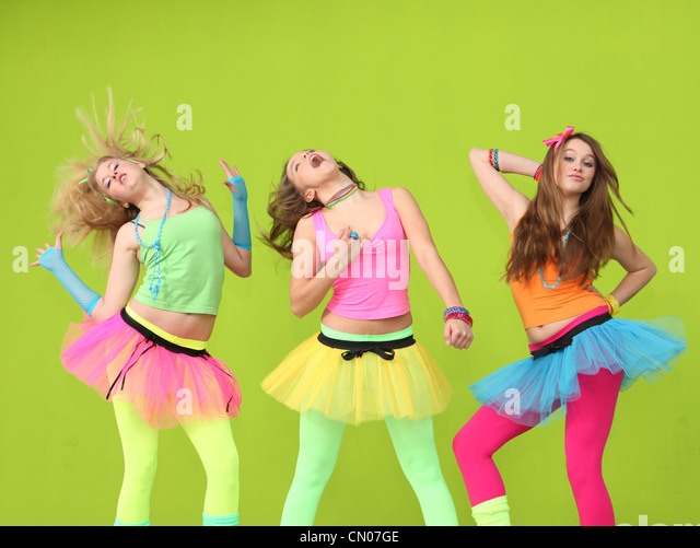 teens dancing at birthday party - Stock Image