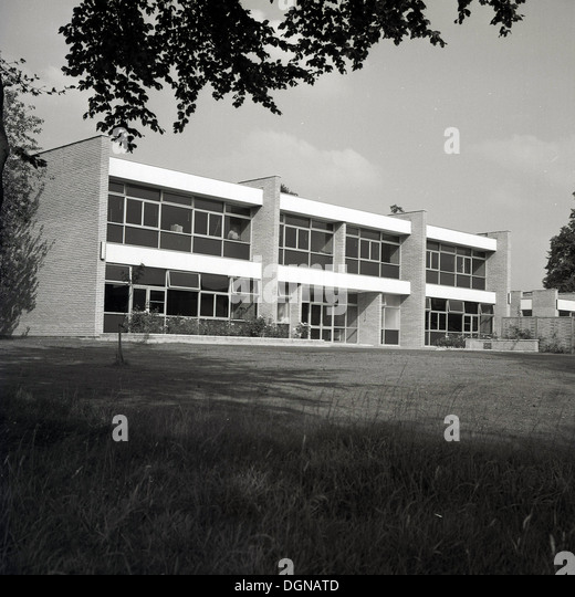 1960s school stock photos 1960s school stock images alamy for Architecture 1960