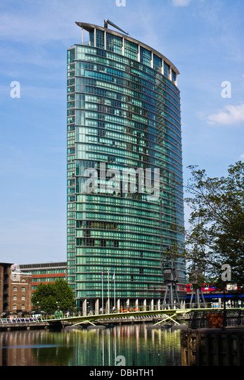 Hotel Near London Euston Train Station | London Marriott