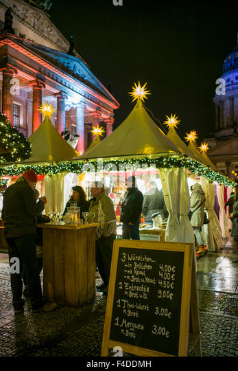 Germany, Berlin, Gendarmenmarkt, Christmas market, outdoor food shop - Stock Image