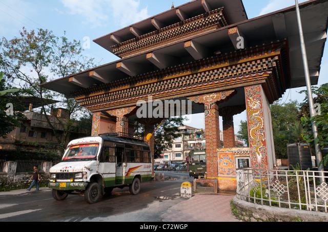 India Bhutan border crossing for vehicle. Phuentsholing jaigaon. - Stock Image