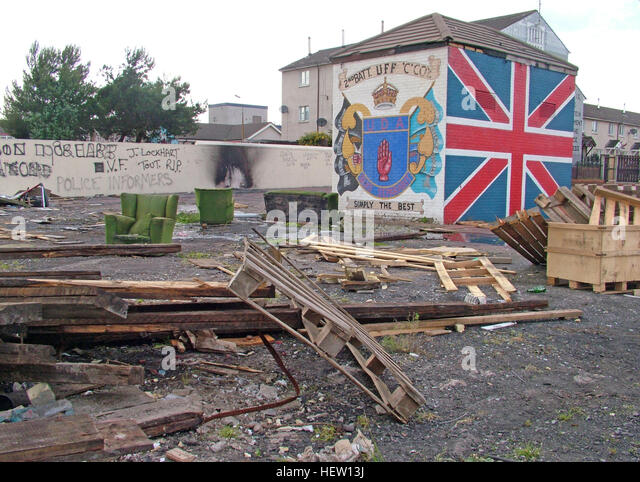 Shankill Road Mural -2nd Batt UFF UDA Simply The Best, West Belfast, Northern Ireland, UK - Stock Image
