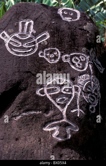 rock paintings culture drawings Grenadines historical native Petroglyphen rocks Saint Vincent symbols Cari - Stock-Bilder