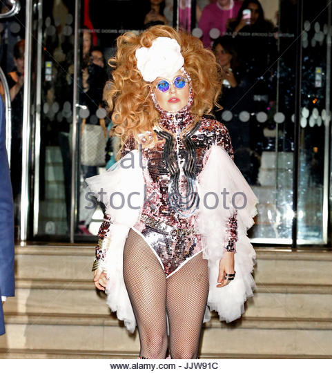 February   Lady Gaga Leaving Hotel London