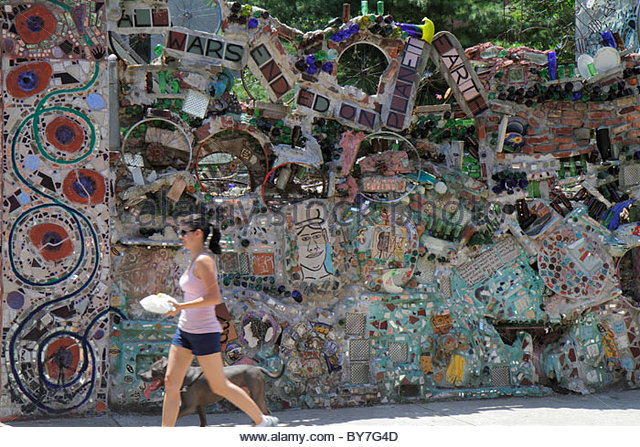 Philadelphia Pennsylvania South Philly South Street Magic Gardens mosaic Isaiah Zagar art artist installation fence - Stock Image