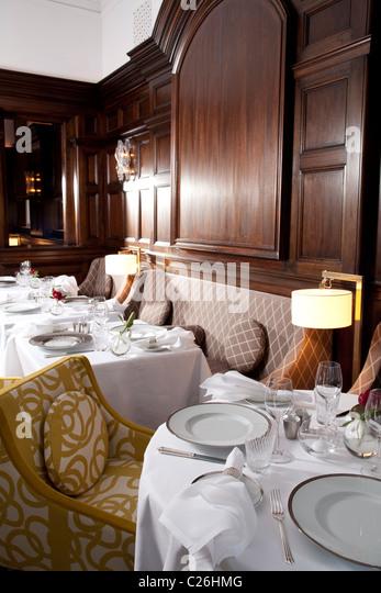 helene darroze restaurant london stock photos helene darroze restaurant london stock images. Black Bedroom Furniture Sets. Home Design Ideas