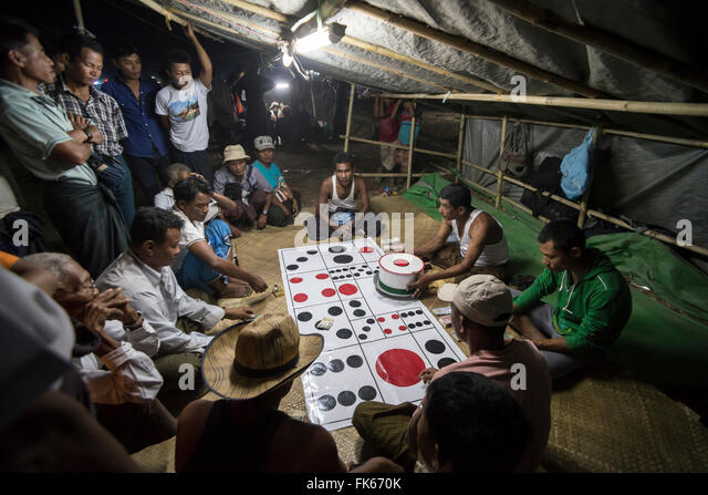 Mrauk U, gambling at Dung Bwe Festival for the passing of an important Buddhist Monk, Rakhine State, Myanmar (Burma), - Stock Image