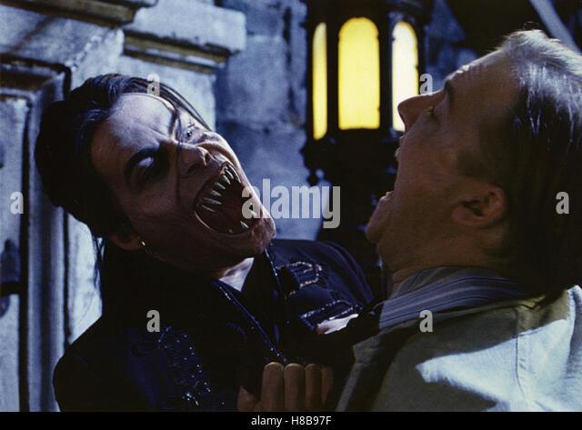 Van Helsing, (VAN HELSING) USA-CR 2004, Regie: Stephen Sommers, RICHARD ROXBURGH, Key: Vampir, Dracula, Vampirszähne, - Stock Image