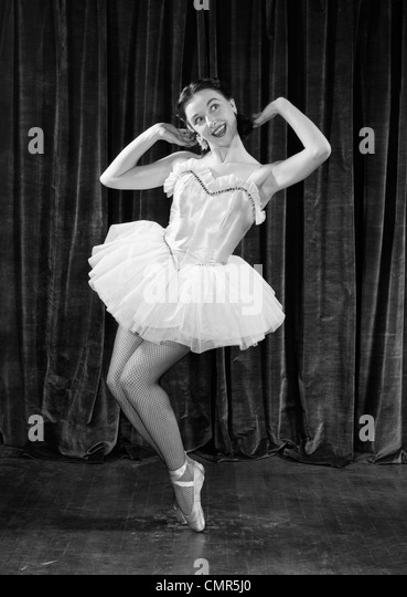 1950s BALLERINA ON TOES - Stock Image