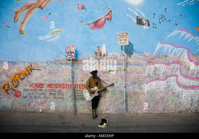 Guitar mural stock photos guitar mural stock images alamy for Bob marley mural san francisco