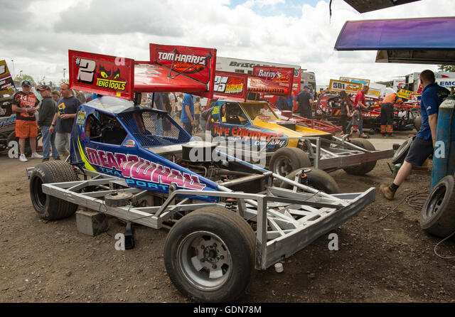 Stock Cars Stock Photos Amp Stock Cars Stock Images Alamy