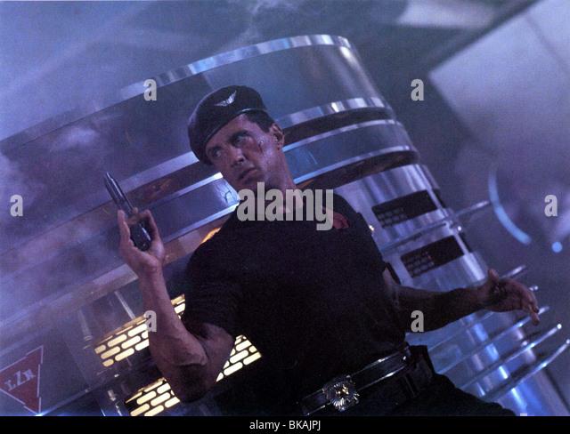 DEMOLITION MAN (1993) SYLVESTER STALLONE DMM 004FOH - Stock Image
