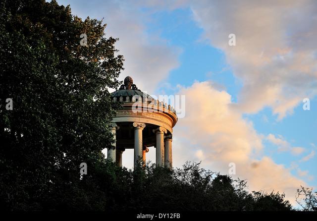 Menopterus, Muenchen, Englischer Garten, Munich, English Garden - Stock-Bilder