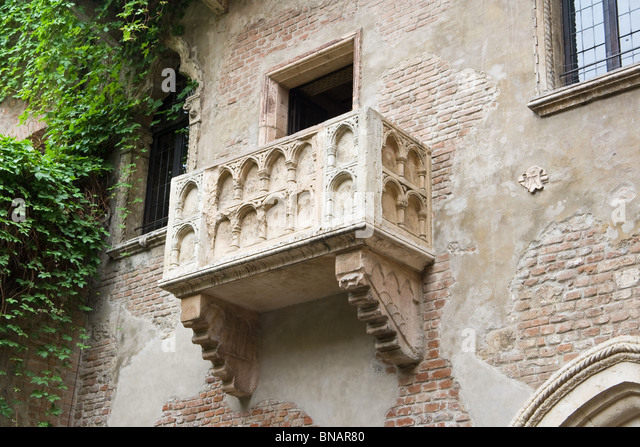 Juliet balcony stock photos juliet balcony stock images for Famous balcony
