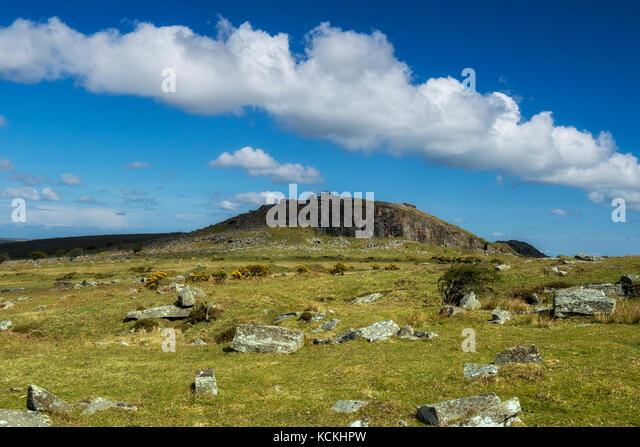 Distant view of the Cheesewring on Bodmin Moor, Cornwall, England, UK - Stock Image