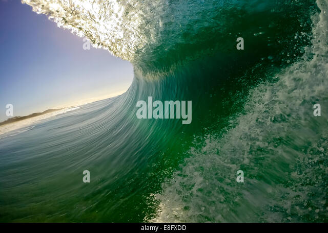 Australia, New South Wales, Wave on Black Rocks Beach - Stock-Bilder