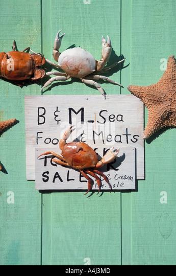 Bahamas sign crabs door decoration - Stock Image
