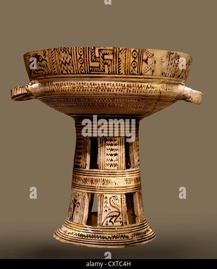 Terracotta Pedestaled Bowl Atiic Geometric 8th Century BC Greek Greece - Stock Image