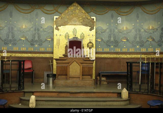 Masonic lodge stock photos masonic lodge stock images for Lodges in france