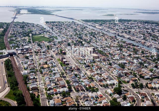 New York Queens John F. Kennedy International Airport JFK aerial approach Jamaica Bay Howard Beach - Stock Image