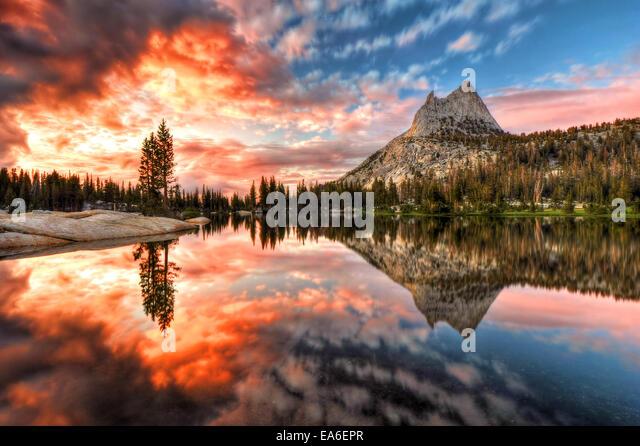 USA, California, Yosemite National Park, Last Light at Cathedral Lake - Stock Image