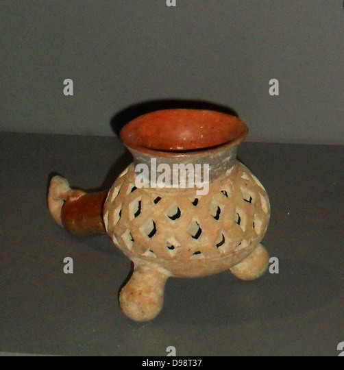 Incense burner in earthenware. Shows a birds head. Aztec 1300-1521 AD. Mexico - Stock Image