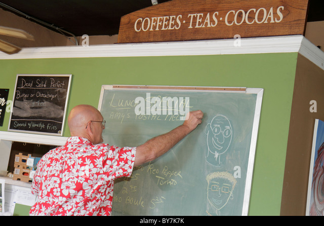Tennessee Watertown Lulu's Coffee House cafe small business neighborhood restaurant casual tea cocoa chalkboard - Stock Image