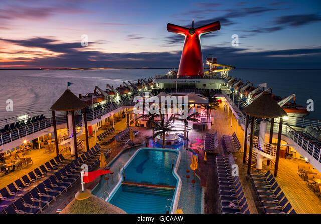 Cruise Ship Sunset Stock Photos Amp Cruise Ship Sunset Stock