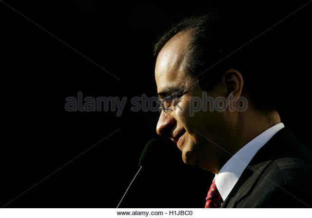 Left wing PRD (Party of the Democratic Revolution) congressman Rene Bejarano gives a press conference before attending - Stock Image