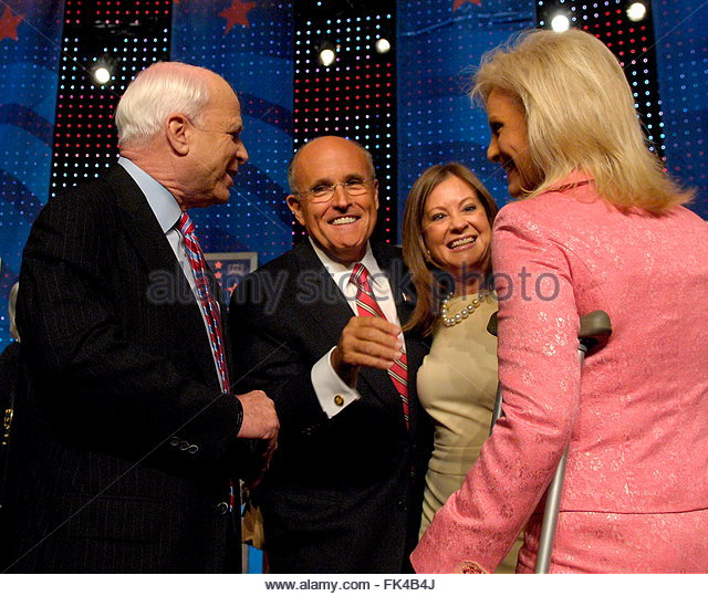 John Mccain Adopted Daughter: His Wife Cindy Mccain Stock Photos & His Wife Cindy Mccain