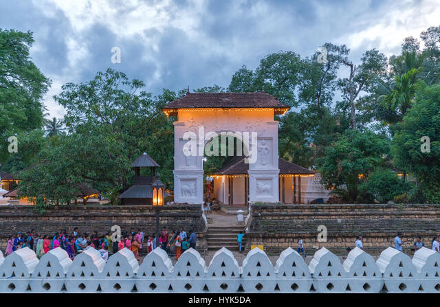 temple hills asian dating website The city also fell to the central asian conqueror dating to the 11th this temple complex in white marble is an example of a temple in haridwar.