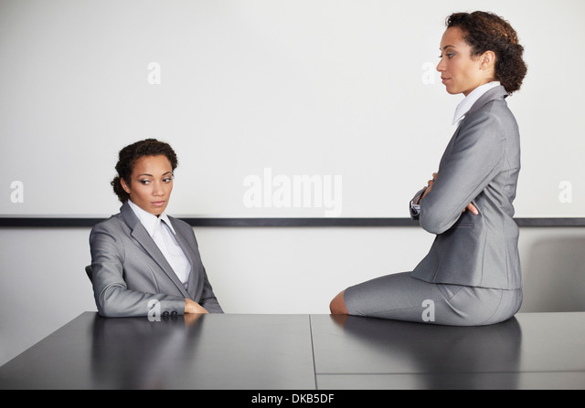 Businesswomen in office, multiple image - Stock-Bilder
