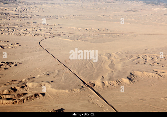 Aerial view of west bank of river nile and sahara - Stock-Bilder