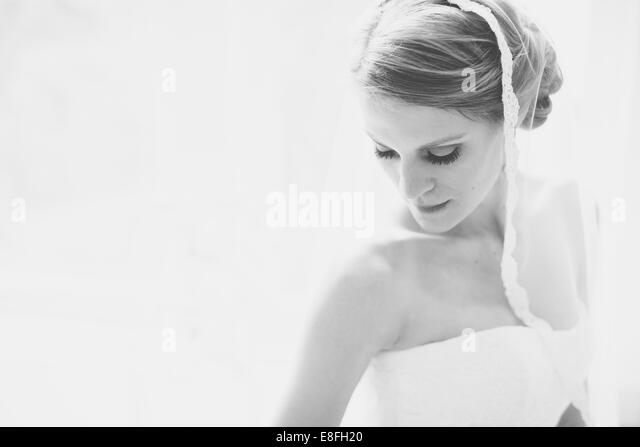 USA, Florida, Walton County, Watercolor, Portrait of bride in white - Stock-Bilder