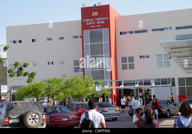 Peru Tacna Pan American Highway approaching Chile land border crossing point checkpoint building exterior Peru customs - Stock Image