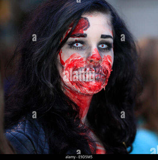 Glastonbury, Somerset, UK. 25 October 2014: Zombie hoards gather at Glastonbury for  annual Zombie walk where participants - Stock Image