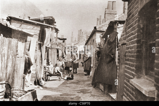 Poor tenements in England during the 1930's. - Stock Image